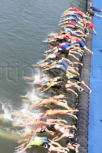 28.06.2015. D&uuml;sseldorf, Germany. T3 Triathlon D&uuml;sseldorf.<br />