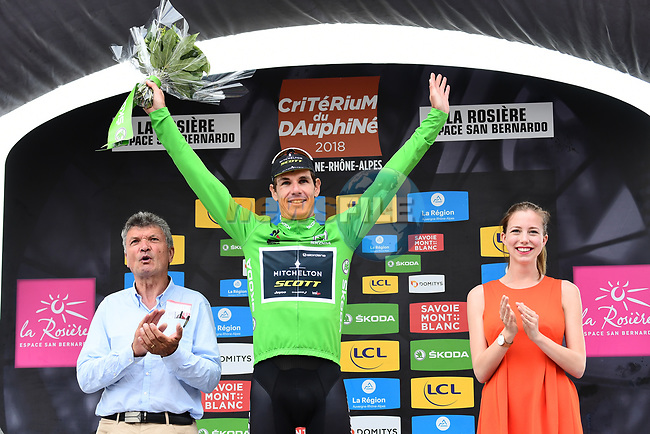 Daryl Impey (RSA) Mitchelton-Scott retains the points Green Jersey at the end of Stage 6 of the 2018 Criterium du Dauphine 2018 running 110km from Frontenex to La Rosiere, France. 9th June 2018.<br /> Picture: ASO/Alex Broadway | Cyclefile<br /> <br /> <br /> All photos usage must carry mandatory copyright credit (© Cyclefile | ASO/Alex Broadway)