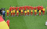 FUSSBALL  EUROPAMEISTERSCHAFT 2012   VORRUNDE Spanien - Italien            10.06.2012 Die spanische Mannschaft nimmt Aufstellung