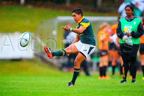 23.08.2015. Dublin, Ireland. Women's Sevens Series Qualifier 2015. Netherlands versus South Africa. Zenay Jordaan (South Africa) converts a try.