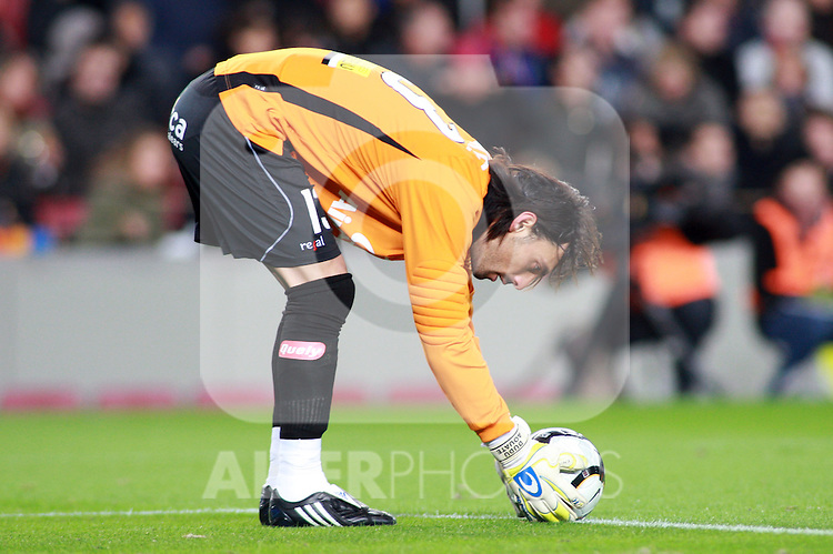 Football Season 2009-2010. Mallorca's goslkeeper Aouate during the Spanish first division soccer match at Camp Nou stadium in Barcelona November 07, 2009.