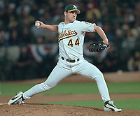 Oakland Athletics Jason Isringhausen...(2000 photo/Ron Riesterer)