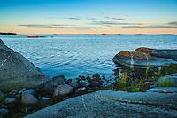 Klippor vid havet Norrpada Stockholms skärgård Roslagen Östersjön