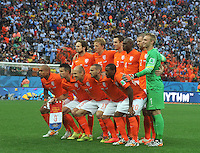 SAO PAULO - BRASIL -09-07-2014. Jugadores de Holanda (NED) posan para una foto durante los actos protocolarios previo al partido de las semifinales contra Argentina (ARG) por la Copa Mundial de la FIFA Brasil 2014 jugado en el estadio Arena de Sao Paulo./ Players of Netherlands (NED) pose to a photo during the formal events prior the match of the Semifinal against Argentina (ARG) for the 2014 FIFA World Cup Brazil played at Arena de Sao Paulo stadium. Photo: VizzorImage / Alfredo Gutiérrez / Contribuidor