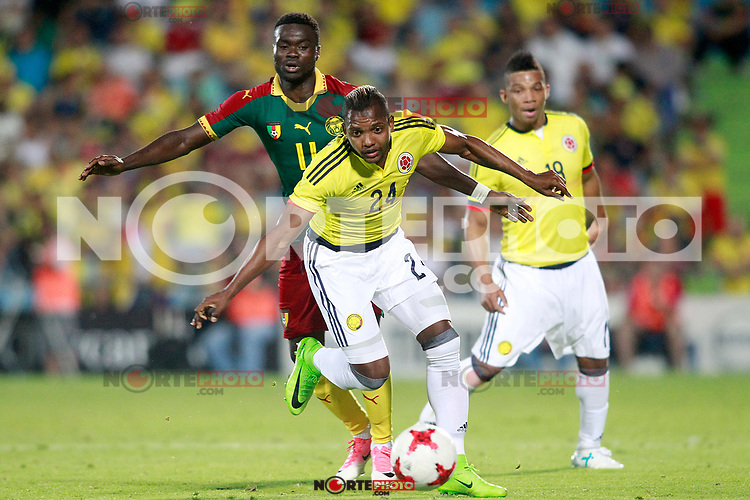Colombia's Jose Heriberto Izquierdo (c) and Frank Fabra (r) and Cameroon's Olivier Boumal during international friendly match. June 13,2017.(ALTERPHOTOS/Acero) (NortePhoto.com) (NortePhoto.com)