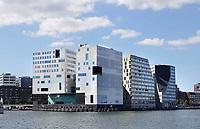 Nederland Amsterdam 2018. Het IJdock ( IJdok ) met het Paleis van Justitie. Foto Berlinda van Dam / Hollandse Hoogte