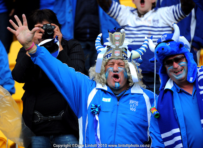 Norths fans celebrate. Wellington club rugby Jubilee Cup final between Northern United and Poneke at Westpac Stadium, Wellington, New Zealand on Sunday, 15 August 2010. Photo: Dave Lintott/lintottphoto.co.nz