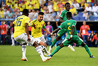 SAMARA - RUSIA, 28-06-2018: Idrissa Gana GUEYE (Der) jugador de Senegal disputa el balón con Radamel FALCAO GARCIA (Izq) jugador de Colombia durante partido de la primera fase, Grupo H, por la Copa Mundial de la FIFA Rusia 2018 jugado en el estadio Samara Arena en Samara, Rusia. / Idrissa Gana GUEYE (R) player of Senegal fights the ball with Radamel FALCAO GARCIA (L) player of Colombia during match of the first phase, Group H, for the FIFA World Cup Russia 2018 played at Samara Arena stadium in Samara, Russia. Photo: VizzorImage / Julian Medina / Cont
