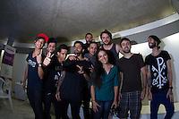 SAO PAULO, SP, 03.12.2013 - SHOW FRESNO - DIA INTERNACIONAL DA PESSOA COM DEFICIENCIA -  A Banda Fresno recebe fãs antes do show no Memorial da America Latina em comemoraçãoao Dia Internacional da Pessoa com Deficiencia, nesta terça feira (03), com abertuda da Banda do Metro.  (Foto: Marcelo Brammer / Brazil Photo Press).