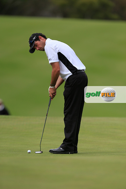 Peter Whiteford (SCO) on the 18th green during Round 3 of the ISPS HANDA Perth International at the Lake Karrinyup Country Club on Saturday 25th October 2014.<br /> Picture:  Thos Caffrey / www.golffile.ie