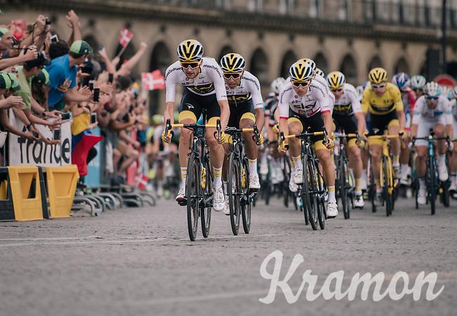 Wout Poels (NED/SKY) & Team SKY piloting yellow jersey / GC leader Geraint Thomas (GBR/SKY) safely over the famous Champs-Élysées boulevard<br /> <br /> Stage 21: Houilles > Paris / Champs-Élysées (115km)<br /> <br /> 105th Tour de France 2018<br /> ©kramon