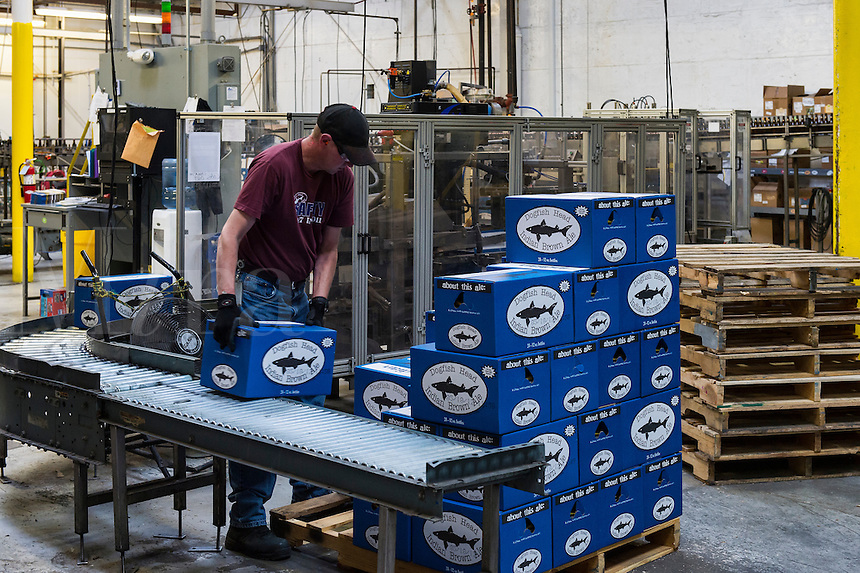 Bottling station, Dogfish Head Brewery, Milton, Delaware