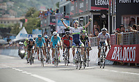 Simon Clarke (AUS/Orica-GreenEDGE) is not the winner of the stage, but winner of the sprint for 2nd which makes him the new overall race leader and (new) Maglia Rosa.<br /> Therefore the explosion of joy is totally righteous.<br /> <br /> 2015 Giro<br /> st4: Chiavari - La Spezia (150km)