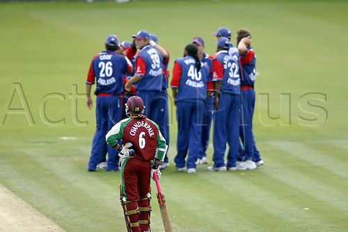 1 July 2007: West Indies batsman Shivnarine Chanderpaul is the only batsman capable of competing with England during the first Natwest series one day International between England and West Indies at Lords. England won the match by 79 runs Photo: Neil Tingle/Action Plus...070701 cricket cricketer