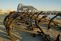 - the Rock seen from the beach of La Linea in Spain....- la Rocca vista dalla spiaggia di La Linea in Spagna