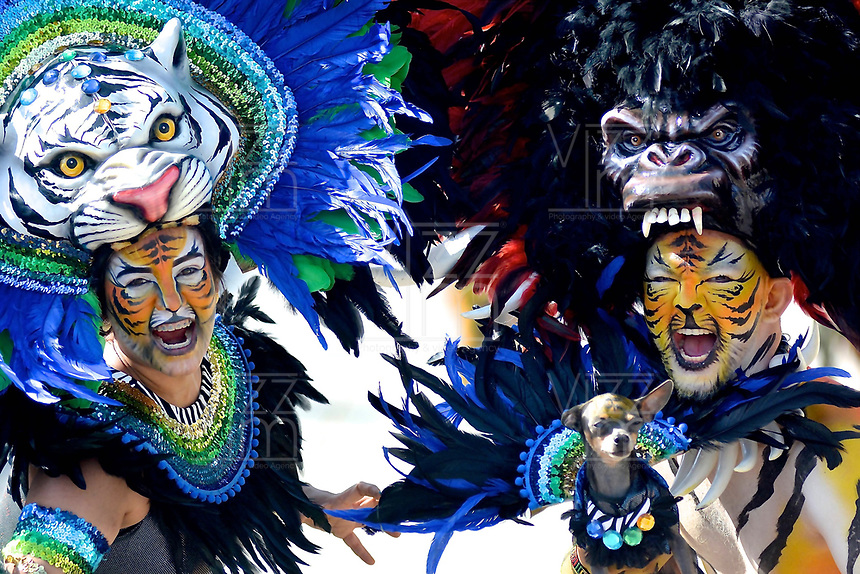 BARRANQUILLA - COLOMBIA, 12-02-2018: Gran Parada Desfile Fantasía carnaval 2018. Carnaval de Barranquilla 2018 invita a todos los colombianos a contagiarse del Jolgorio general de una de las festividades más importantes del país y que se lleva a cabo del 10 hasta el 13 de febrero de 2018. / Gran Parada Fantasy parade of the Carnaval 2018. Carnaval de Barranquilla 2018 invites all Colombians to catch the general reverly that make it one of the most important festivals of the country and take place until February 13, 2017.  Photo: VizzorImage / Alfonso Cervantes / Cont.