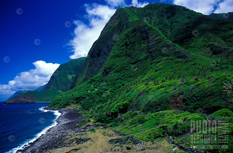 Looking east along the northshore of the Kalaupapa peninsula, beyond Kalawao