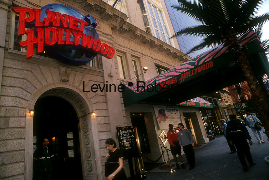 The New York City branch of the Planet Hollywood theme restaurant chain on West 57th St. on May 14, 1998. Planet Hollywood International Inc. filed for Chapter 11 bankruptcy protection in 1999. (© Richard B. Levine)