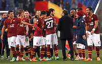 Calcio, Serie A: Roma-Genoa. Roma, stadio Olimpico, 12 gennaio 2014.<br /> AS Roma coach Rudi Garcia, of France, back to camera, congratulates with his players at the end of the Italian Serie A football match between AS Roma and Genoa, at Rome's Olympic stadium, 12 January 2014. AS Roma won 4-0. <br /> UPDATE IMAGES PRESS/Isabella Bonotto