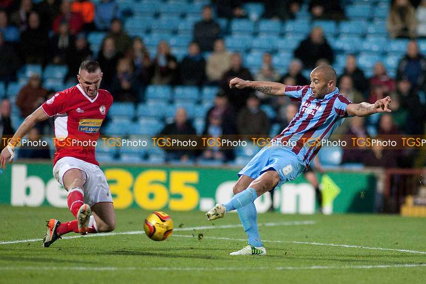 Deon Burton of Scunthorpe U goes close<br />  - Scunthorpe United vs Accrington Stanley - Sky Bet League Two Football at Glanford Park, Scunthorpe - 16/11/13 - MANDATORY CREDIT: Mark Hodsman/TGSPHOTO - Self billing applies where appropriate - 0845 094 6026 - contact@tgsphoto.co.uk - NO UNPAID USE
