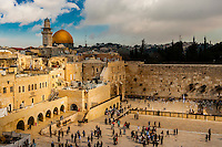 The Western Wall (Wailing Wall) with the Dome of the Rock behind on the left, Temple Mount (Mount Mariah), Old City, Jerusalem, Israel.