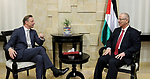 Palestinian Prime Minister, Rami Hamdallah, meets with a delegation from the US Congress, in the West Bank city of Ramallah, on October 18, 2017. Photo by Prime Minister Office