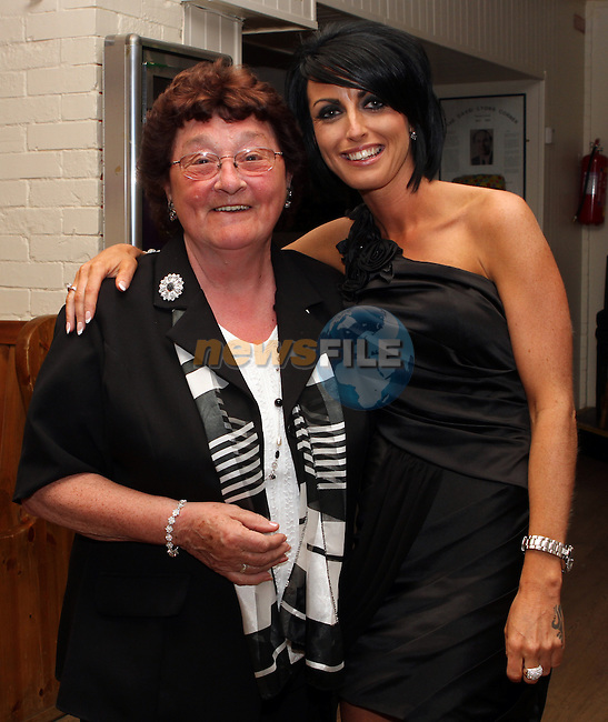 Joanne Boyle with her Aunt Angela McDonnell at her 30th in the Rugby Club...(Photo Jenny Matthews/www.newsfile.ie)