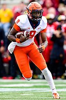 College Park, MD - OCT 27, 2018: Illinois Fighting Illini quarterback M.J. Rivers II (8) runs the football during game between Maryland and Illinois at Capital One Field at Maryland Stadium in College Park, MD. The Terrapins defeated Illinois to move to 5-3 on the season. (Photo by Phil Peters/Media Images International)