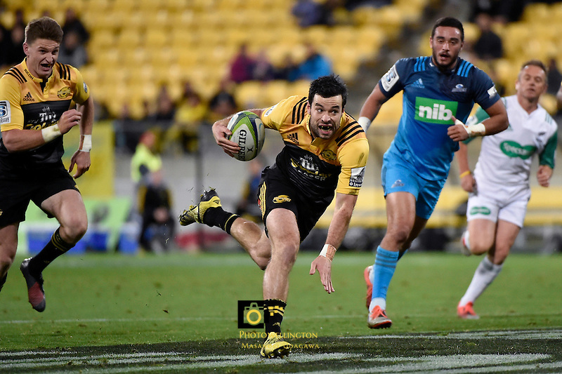 Hurricanes' James Marshall in action during the Super Rugby - Hurricanes v Blues at Westpac Stadium, Wellington, New Zealand on Saturday 2 July 2016. <br /> Photo by Masanori Udagawa. <br /> www.photowellington.photoshelter.com.