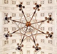 Nederland Baarn 2017. Paleis Soestdijk.  Kroonluchter aan het plafond in de Stuckamer. Foto Berlinda van Dam / Hollandse Hoogte