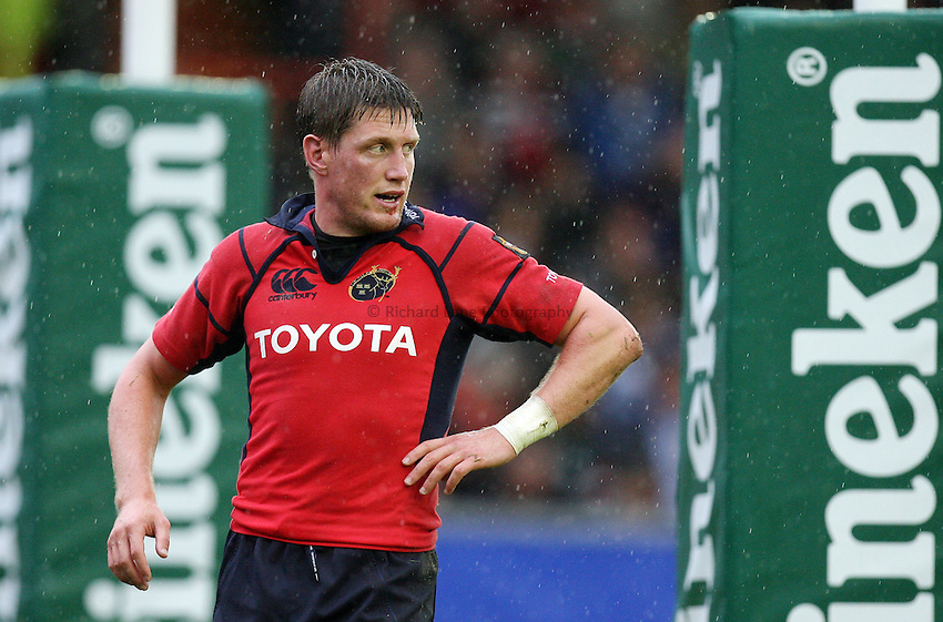 Photo: Rich Eaton...Leicester Tigers v Munster Rugby. Heineken Cup. 22/10/2006. Ronan O'Gara of Munster