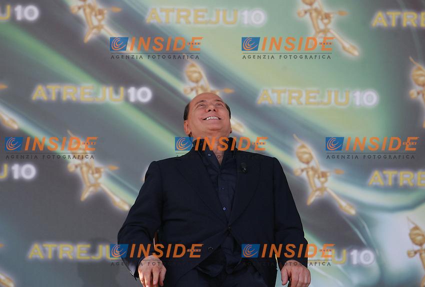 SILVIO BERLUSCONI <br /> Roma 12/09/2010 Atreju 2010. Comizio di chiusura del premier Silvio Berlusconi.<br /> Photo Samantha Zucchi Insidefoto