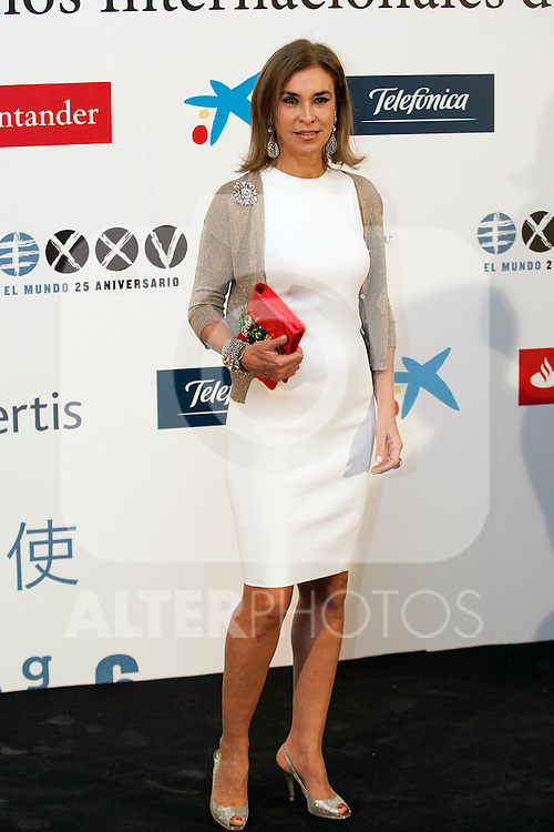 "King Felipe of Spain and Queen Letizia of Spain attend 'XIII EDICIÓN DE LOS PREMIOS INTERNACIONALES DE PERIODISMO 2013 Y CONMEMORACIÓN DEL 25º ANIVERSARIO DEL DIARIO ""EL MUNDO"" at The Westin Palace Hotel. <br /> Carmen Posadas<br /> October 20, 2014. (ALTERPHOTOS/Emilio Cobos)"