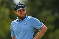 Tyrrell Hatton (ENG) waits for officials to repair the cup on 12 before putting can begin during round 2 of the World Golf Championships, Mexico, Club De Golf Chapultepec, Mexico City, Mexico. 2/22/2019.<br /> Picture: Golffile | Ken Murray<br /> <br /> <br /> All photo usage must carry mandatory copyright credit (&copy; Golffile | Ken Murray)