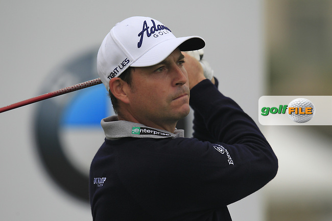 David Howell (ENG) tees off the 1st tee during Saturay's Round 3 of the 2014 BMW Masters held at Lake Malaren, Shanghai, China. 1st November 2014.<br /> Picture: Eoin Clarke www.golffile.ie