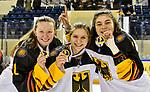 09.01.2020, BLZ Arena, Füssen / Fuessen, GER, IIHF Ice Hockey U18 Women's World Championship DIV I Group A, <br /> Siegerehrung, <br /> im Bild das deutsche Team feiert seinen Erfolg, die Spielerinnen der Eisbaeren Berlin Juniors zeigen stolz die Medaillen, Joyce König / Koenig (GER, #18), Thea-Marleen Bartell (GER, #10), Amelie Cyrulies (GER, #4)<br /> <br /> Foto © nordphoto / Hafner