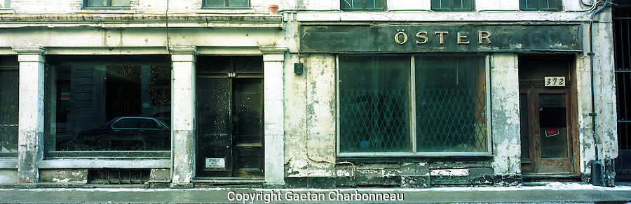 Panoramic view, abandonned building on St-Paul street