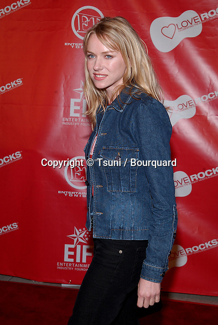 "Naomi Watts arriving at the First Annual Entertainment Industry Foundation "" Love Rocks "". Concert  to Celebrate the biggest Heart in Entertainment. February 14, 2002.            -            WattsNaomi01.jpg"