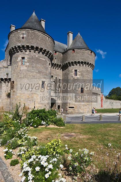 Europe/France/Pays de la Loire/44/Loire-Atlantique/Parc Naturel Régional de Brière/Guérande: La Porte Saint-Michel, porte d'entrée principale de la cité médiévale vue depuis les remparts