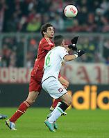 FUSSBALL   1. BUNDESLIGA  SAISON 2012/2013   17. Spieltag FC Bayern Muenchen - Borussia Moenchengladbach    14.12.2012 Javi , Javier Martinez (li, FC Bayern Muenchen) gegen Tolga Cigerci (Borussia Moenchengladbach)