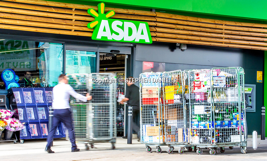 © Stephen Daniels  07/2015----<br /> -------<br /> Opening of a new ASDA small shore in Lincolnshire<br /> <br />  -------<br /> No use of this image. If breached £10k-------------------<br /> -------------------------------------------------------------------<br /> >------<br /> >------<br /> All images are supplied & used under the terms and condition of Stephen Daniels and not publication which use them.<br /> All images which is the copyright of Stephen Daniels<br />  are supplied under the terms and <br /> condition of Stephen Daniels. By using the image you<br /> agree them in full.----<br /> >