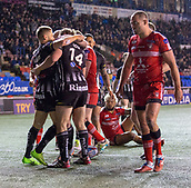 22nd March 2018, Select Security Stadium, Widnes, England; Betfred Super League rugby, Widness Vikings versus Salford Red Devils; Widnes celebrate their opening try scored by Chris Dean