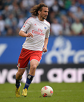 FUSSBALL   1. BUNDESLIGA   SAISON 2012/2013    32. SPIELTAG Hamburger SV - VfL Wolfsburg          05.05.2013 Petr Jiracek (Hamburger SV)  am Ball