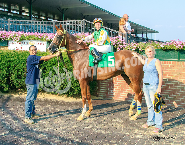Jazzysdudeeaintrude winning at Delaware Park on 9/1/15