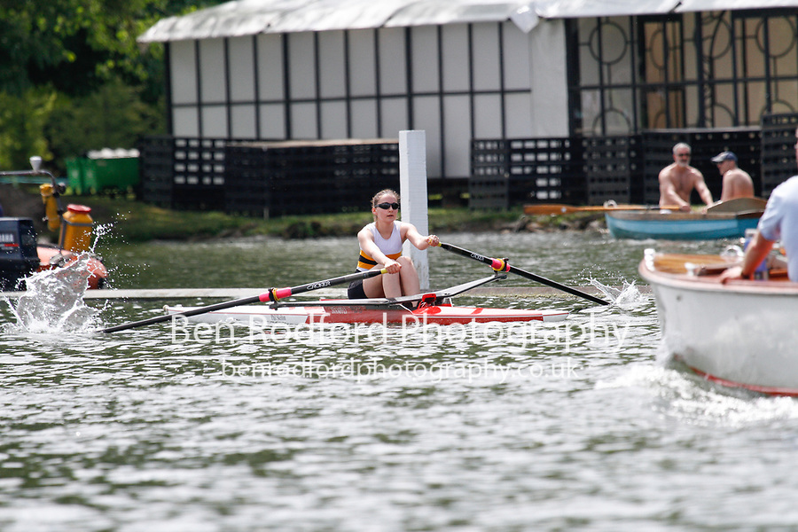 Race: 157 J1x Heat - Agecroft RC  vs Poplar B&D <br /> <br /> Henley Women's Regatta 2017<br /> <br /> To purchase this photo, or to see pricing information for Prints and Downloads, click the blue 'Add to Cart' button at the top-right of the page.