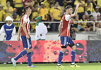 BARRANQUILLA - COLOMBIA - 05-10-2017:  Antonio Sanabria (Der) jugador de Paraguay celebra después de anotar el segundo gol de su equipo a Colombia durante partido de la fecha 17 para la clasificación a la Copa Mundial de la FIFA Rusia 2018 jugado en el estadio Metropolitano Roberto Melendez en Barranquilla. /  Antonio Sanabria (R) player of Paraguay celebrates after scoring the second goal of his team to Colombia during match of the date 17 for the qualifier to FIFA World Cup Russia 2018 played at Metropolitan stadium Roberto Melendez in Barranquilla. Photo: VizzorImage/ Gabriel Aponte / Staff