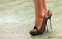 "Le scarpe indossate dall'attrice statunitense Gwyneth Paltrow posa durante un photocall per la presentazione del film ""Iron Man"" a Roma, 23 aprile 2008..U.S. actress Gwyneth Paltrow's shoes are seen during a photocall for the presentation of the movie ""Iron Man"" in Rome, 23 april 2008..UPDATE IMAGES PRESS/Riccardo De Luca"