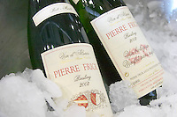 identical wines with and without sulphur riesling rot murle domaine pierre frick pfaffenheim alsace france