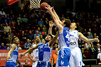GRONINGEN - Basketbal, Donar - Landstede Martiniplaza, Dutch Basketbal League, seizoen 2018-2019, 06-12-2018, Donar speler Sean Cunningham met Landstede speler Noah Dahlman