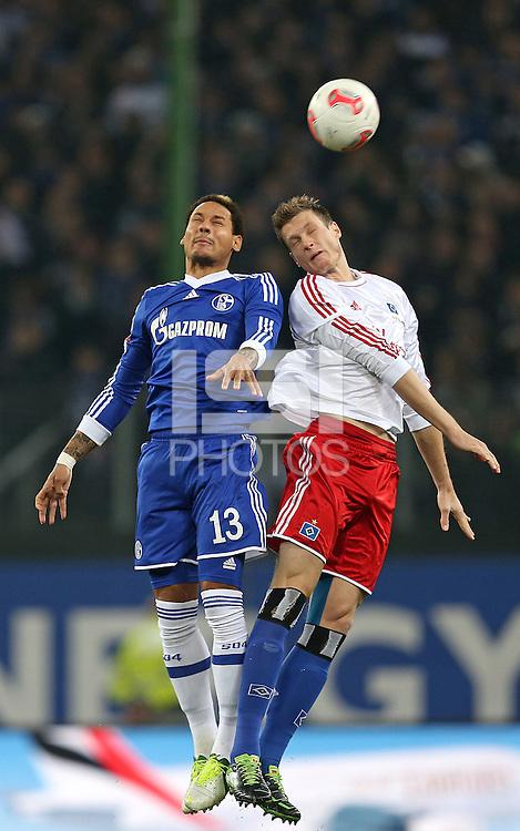 Football: Germany, 1. Bundesliga, Hamburger SV (HSV) - FC Schalke 04, Hamburg, 27.11.2012.Jermaine Jones (Schalke, l.) - Marcell Jansen (HSV) .© pixathlon